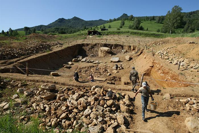 столице российской археологические находки в пещере во франции фото автор